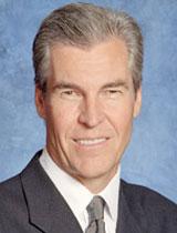 Terry J Lundgren
