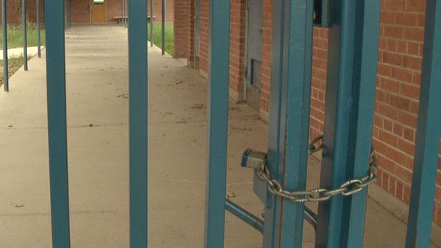 Kimberly Craft discuses the closure of neighborhood schools in TUSD.