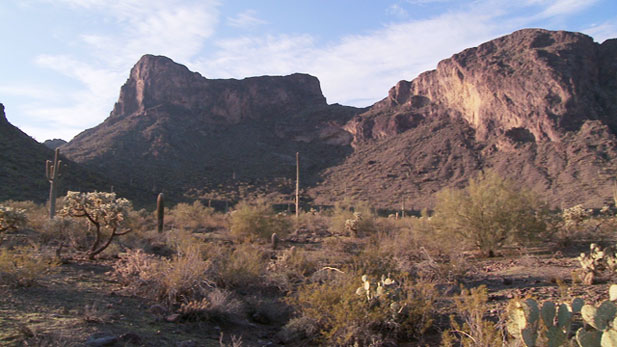 As the state's financial crisis forces state parks to close, small-town Florence, Arizona, is trying to keep its local state park open.
