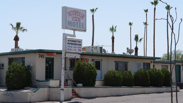 The Mountain View Motel on Miracle Mile