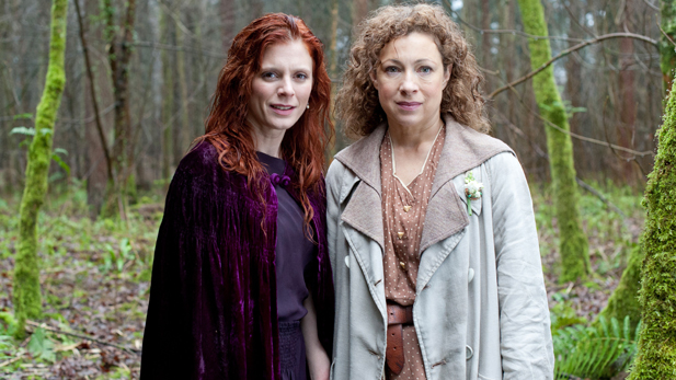 Emilia Fox as Lady Portia Alresford and Alex Kingston as Dr. Blanche Mottershead.