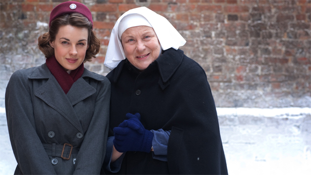 Jessica Raine as Jenny Lee and Pam Ferris as Sister Evangelina.