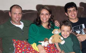 javier-brito-family-focuslg