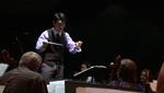 Conductor Keitaro Herada conducts the Sierra Vista Symphony.