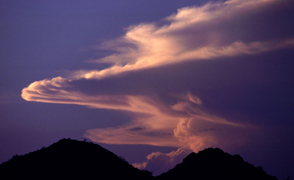 monsoon-clouds-mtns_294x180