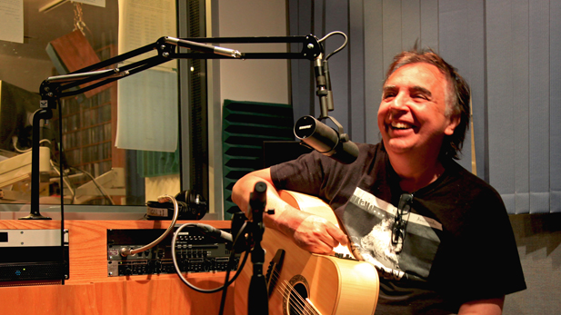Sérgio Dias of Os Mutantes in the Arizona Public Media studios
