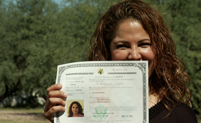 Leticia Sene, new US citizen focus large