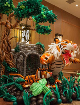 Tiger, tree balloons sculpture