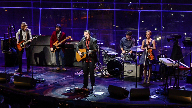 linc_center_isbell_performing_spot