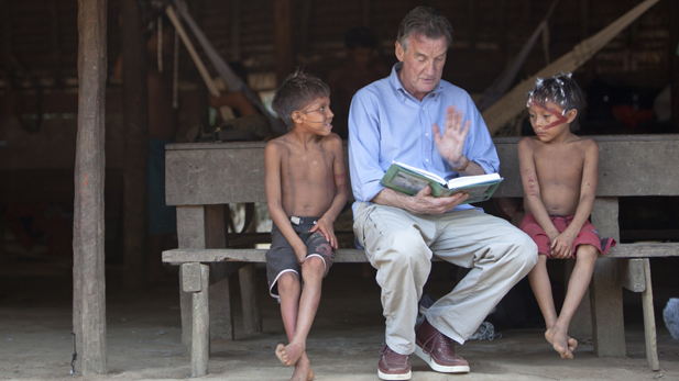 brazil_palin_reading_children_spot