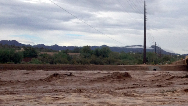 Flooding at La Cholla bridge in Tucson.