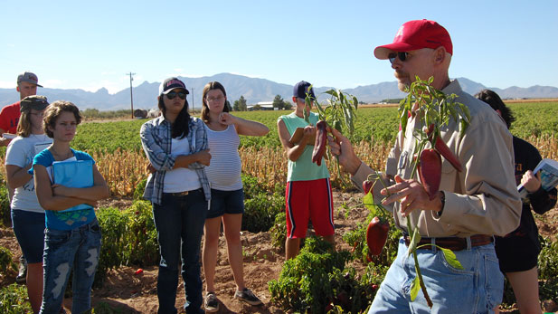 Jeffrey Silvertooth, PhD, addresses people who are learning more about agriculture.