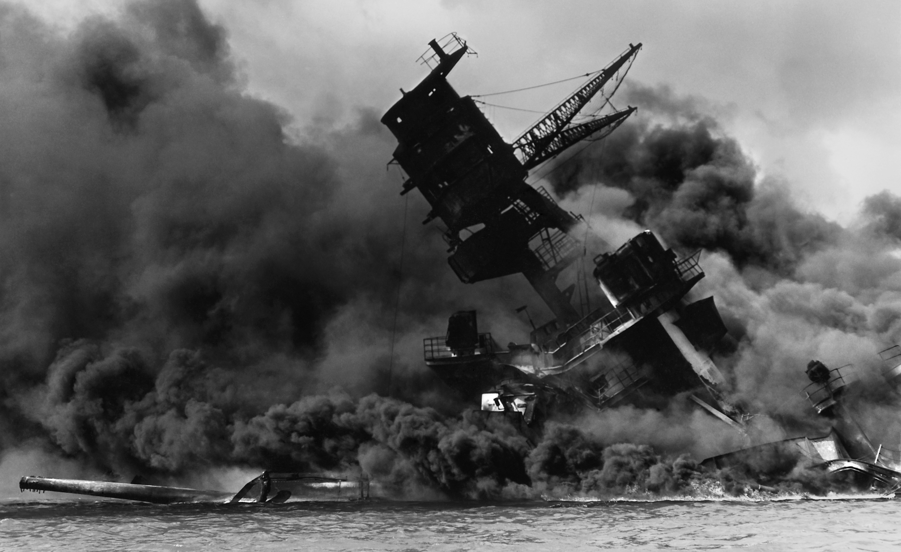 USS Arizona 294 347