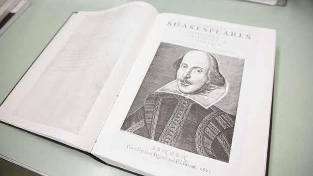 shakespeare book spotlight