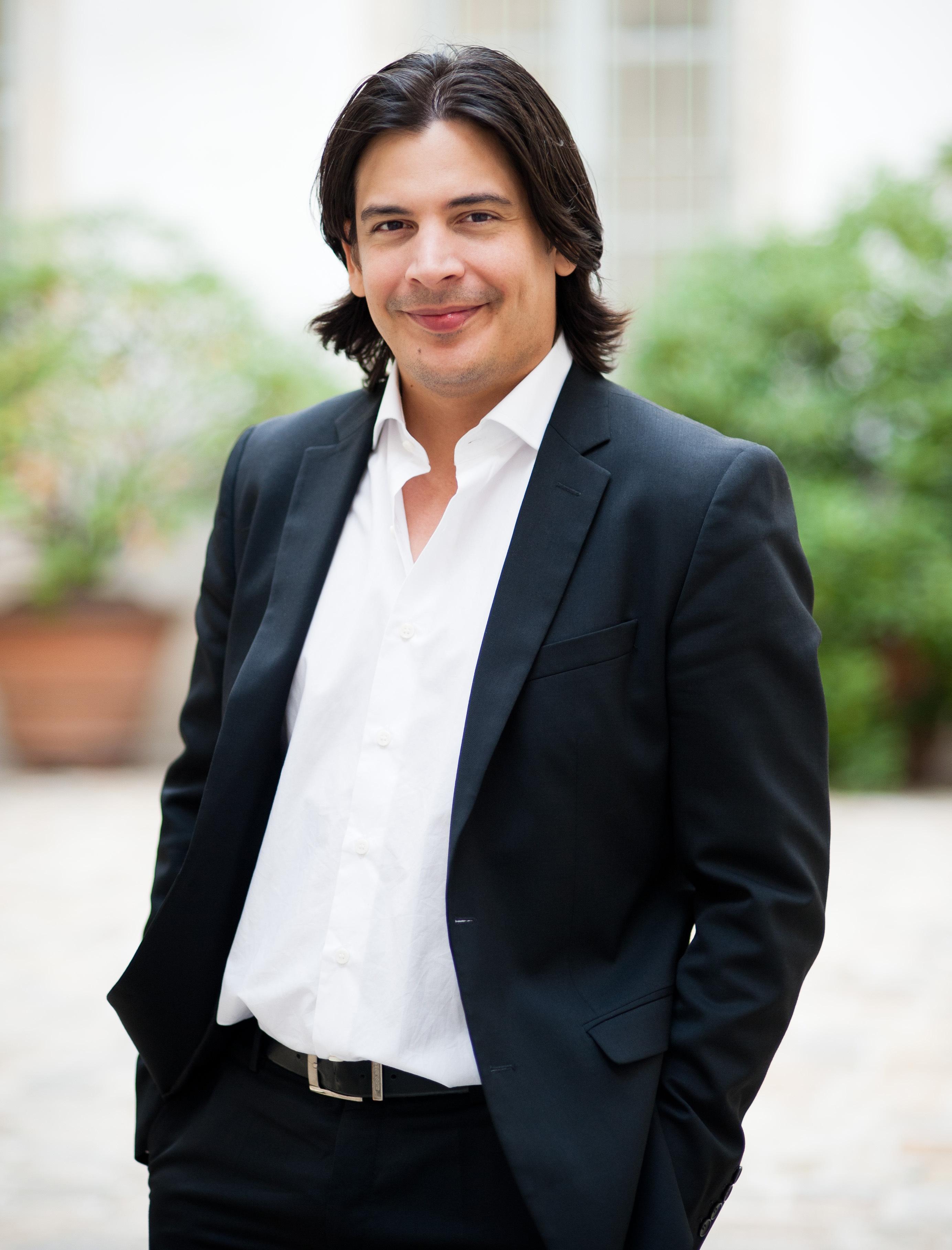Jose Luis Gomez Portrait