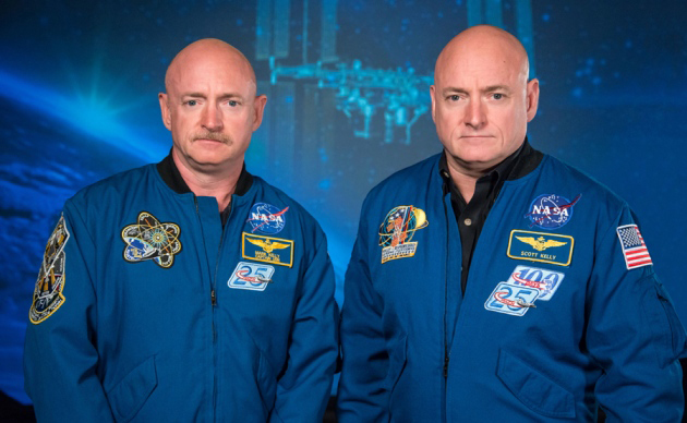 Mark Kelly, left, and Scott Kelly, right.