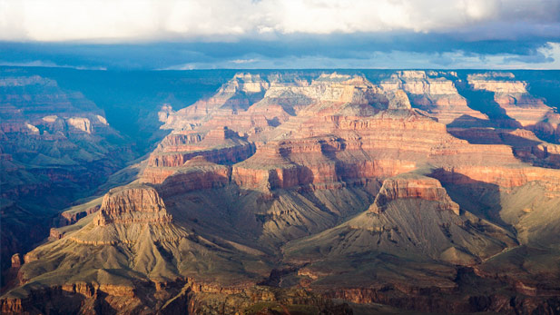 Florida woman dies after falling 400 feet at Grand Canyon