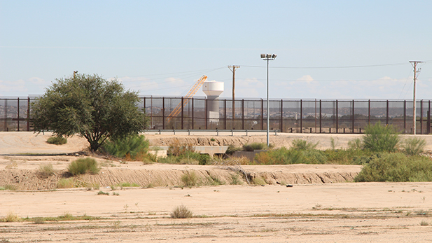The border wall at Ciudad Juárez, Chihuahua, and El Paso, Texas, seen from the Mexican side.