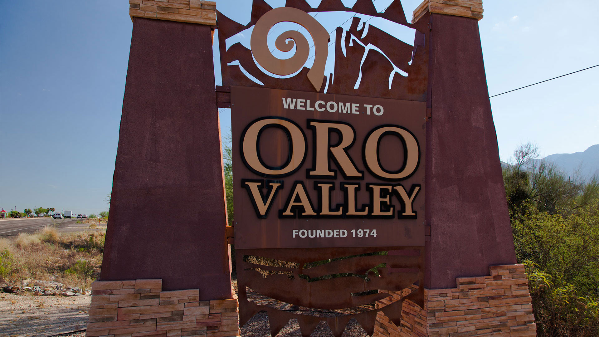 Oro Valley Roadsign 2 Hero
