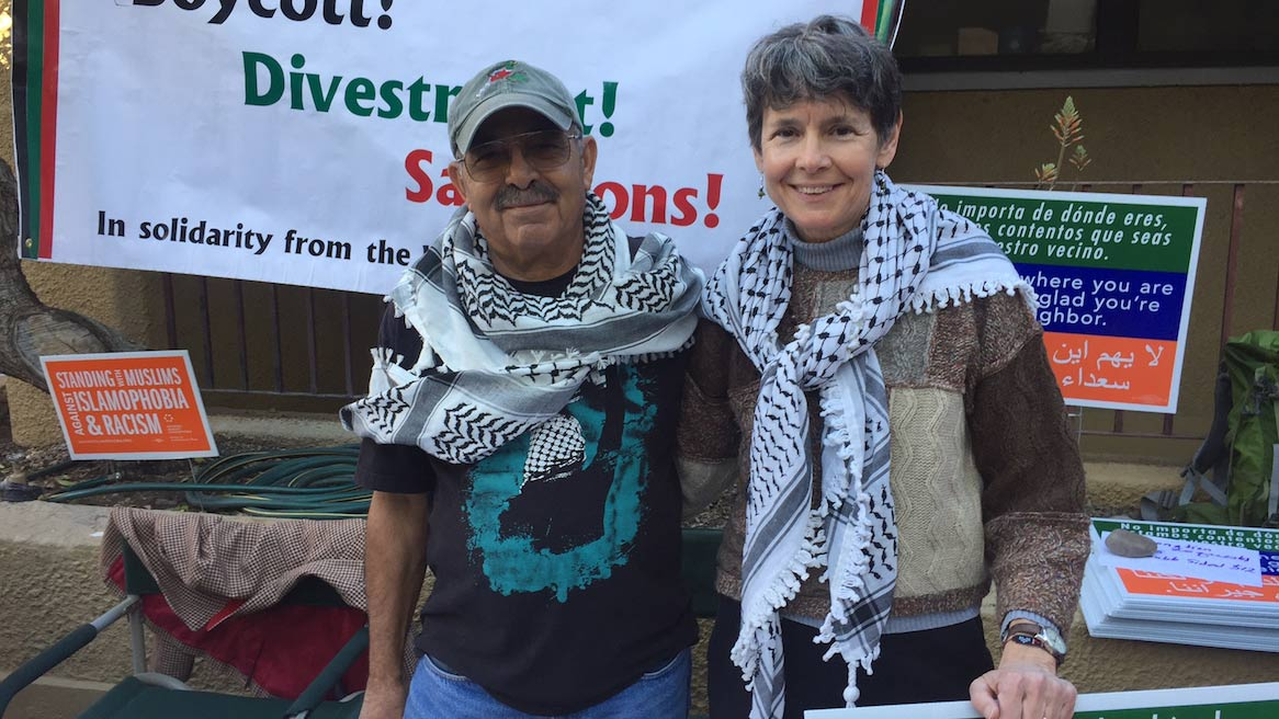 Mohyeddin Abdulaziz and Sarah Roberts of the Arizona Palestine Solidarity Alliance at the nonprofit volunteer fair in Tucson Feb. 20, 2017.