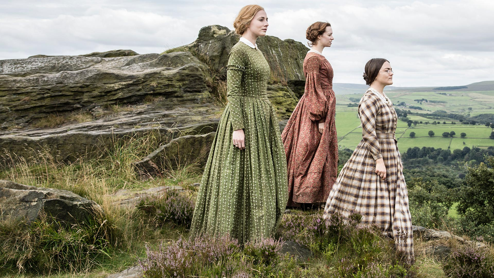 From left to right: Ann Bronte (CHARLIE MURPHY), Emily Bronte (CHLOE PIRRIE), and Charlotte Bronte (FINN ATKINS)