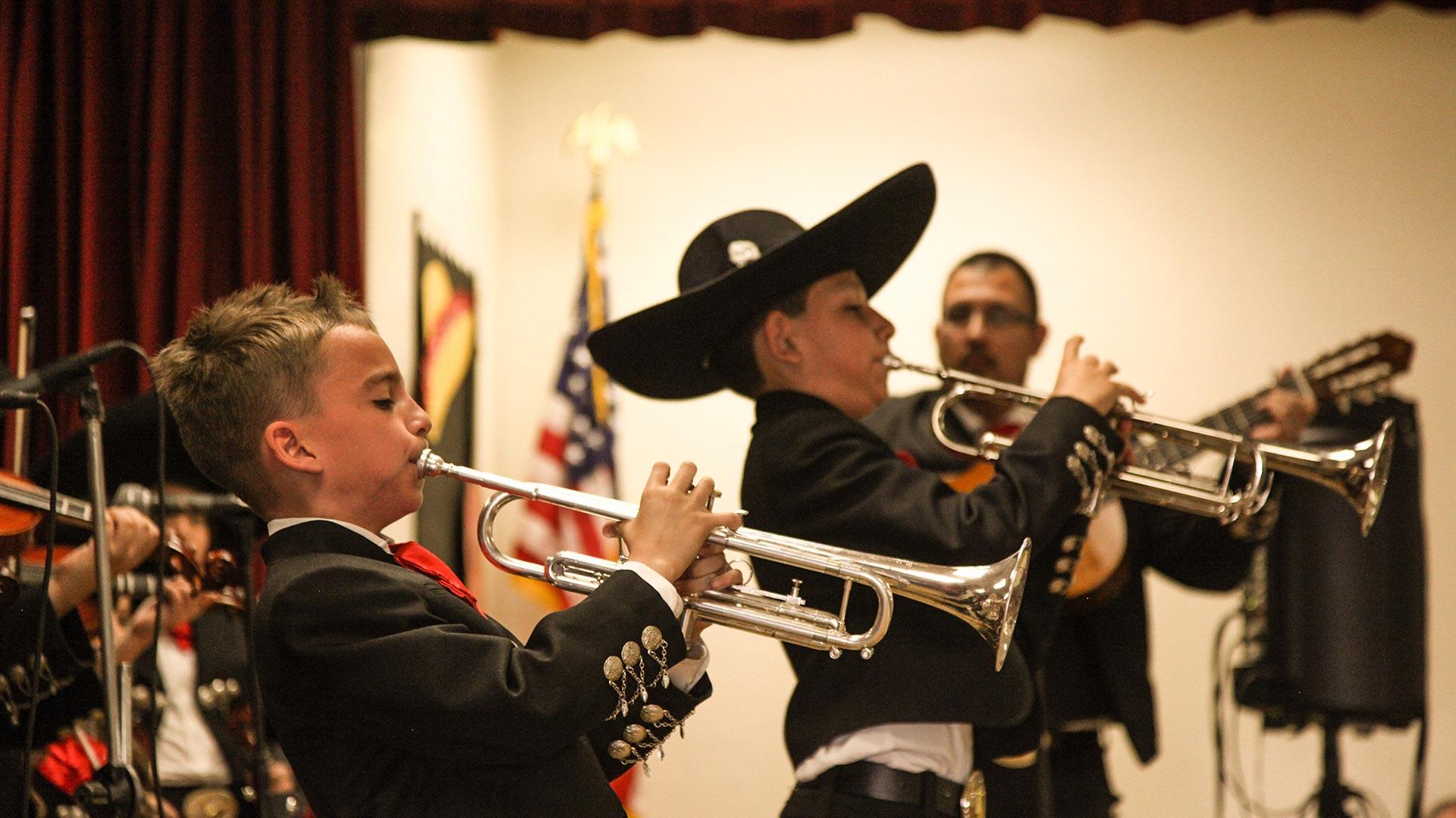 Las Aguilitas de Davis trumpet