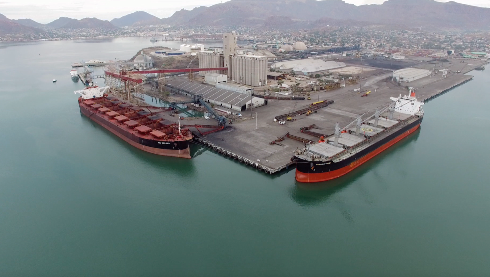 The Port of Guaymas can handle ships carrying up to 125,000 tons of cargo.