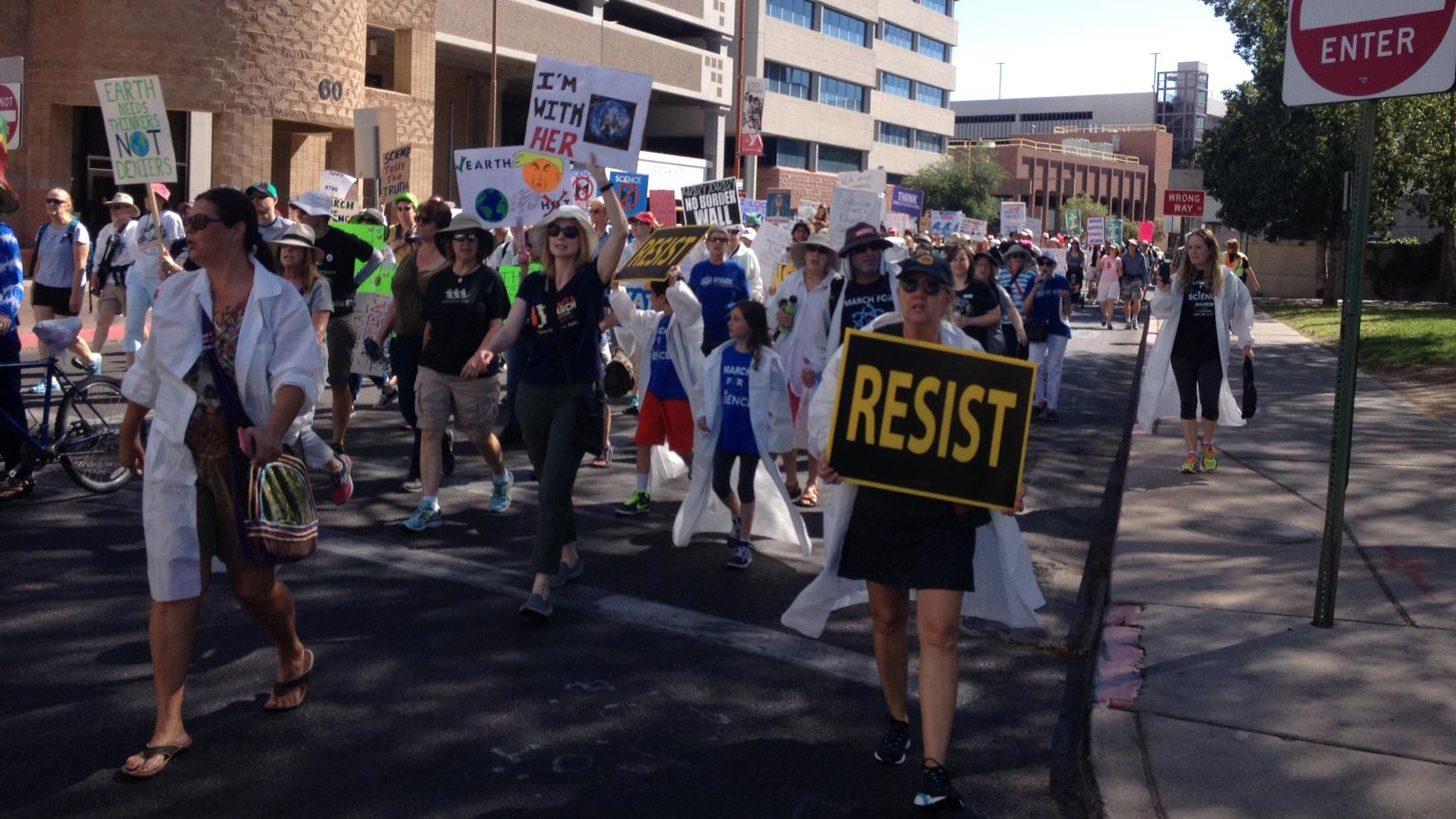 Several hundred people march from Armory Park to El Presidio Park April 22, 2017, for the Rally for Science - Tucson.