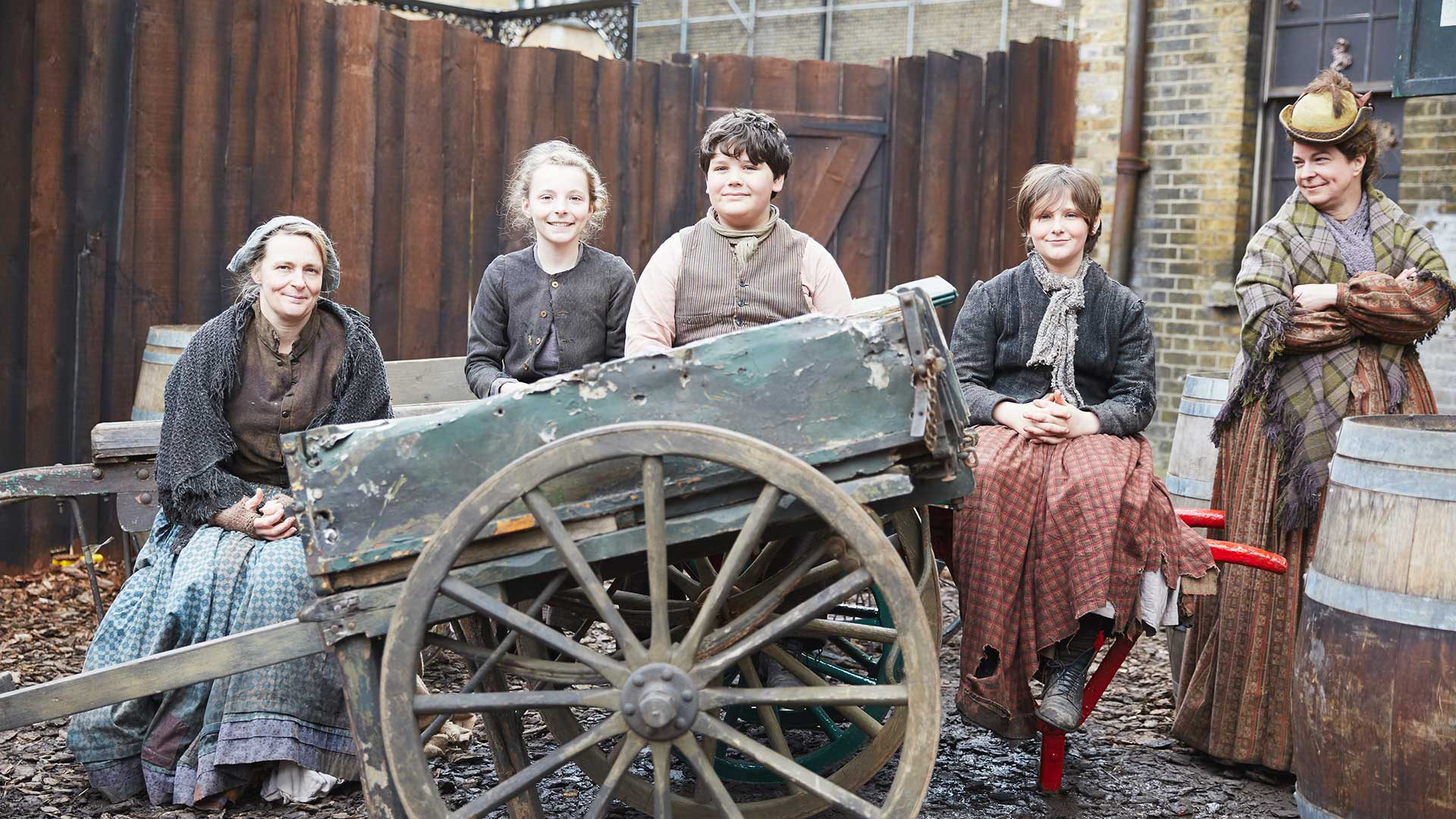 Allison Potter, Olivia Oldfield, James Howarth, Heather Oldfield, Wiebke Bird cart horse