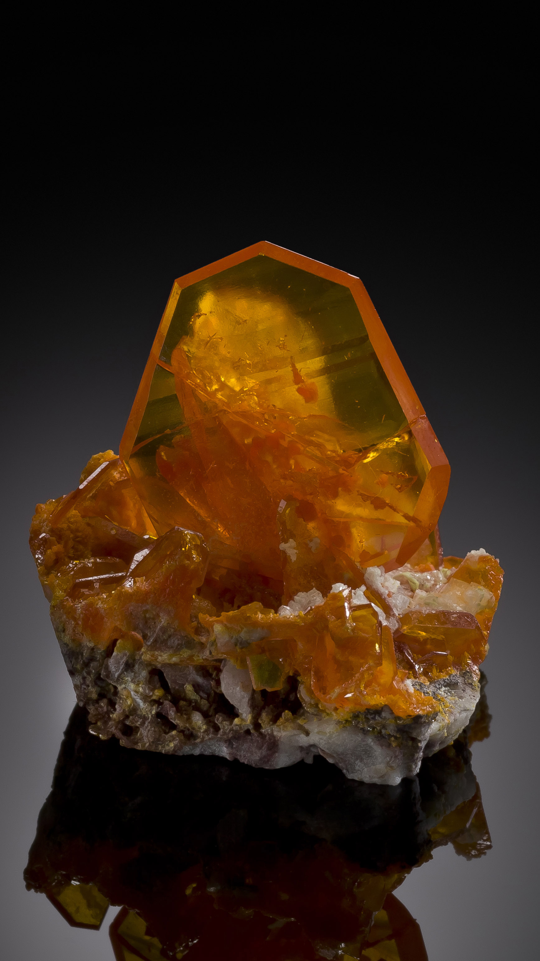 Wulfenite, Rowley Mine