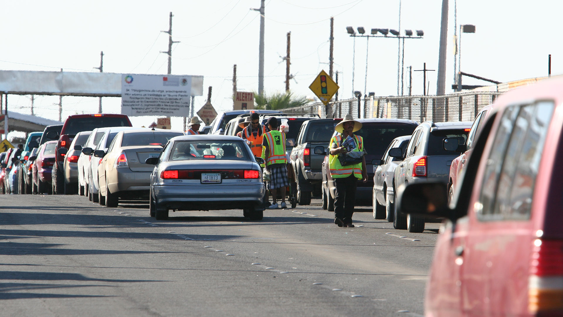Afternoon traffic heading into the U.S. builds up at the San Luis Port of Entry in San Luis Río Colorado, Sonora, 2011.