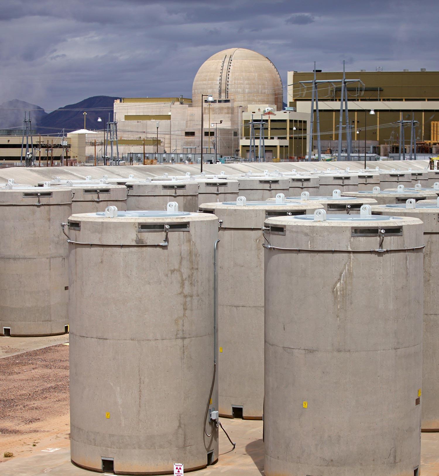 Dry casks nuclear