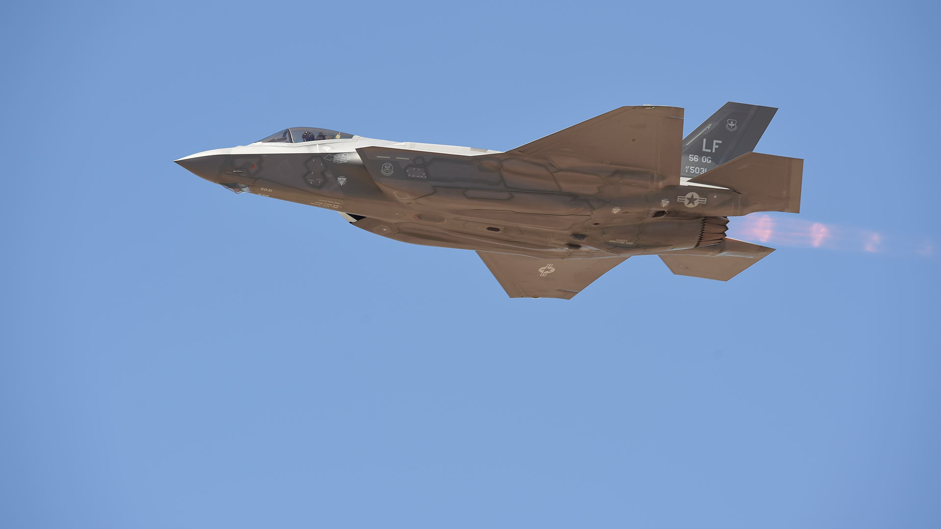An F-35A Lightning II lands at Luke Air Force Base near Phoenix, Arizona, April 2016.
