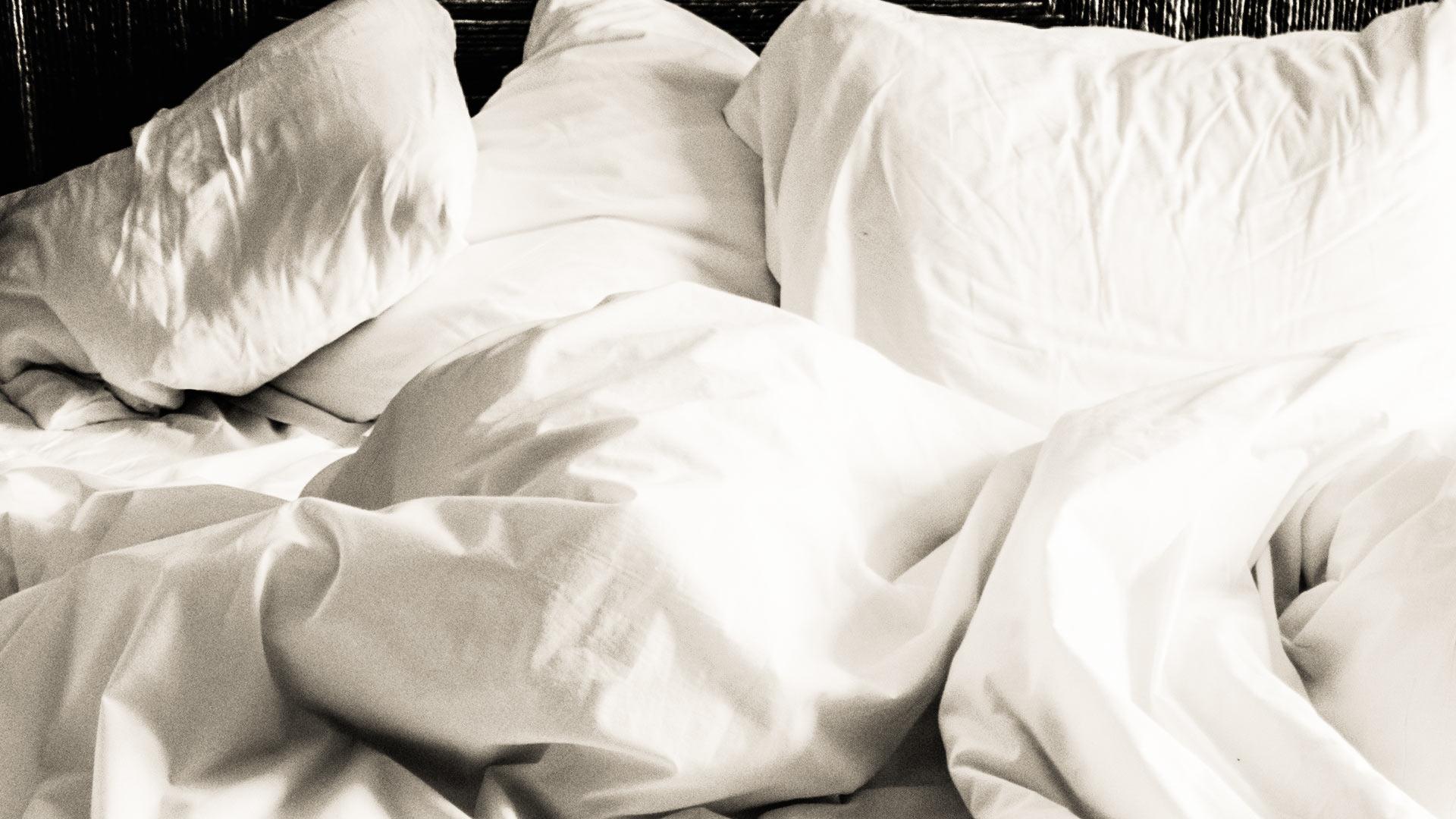pillows sleep bed hero