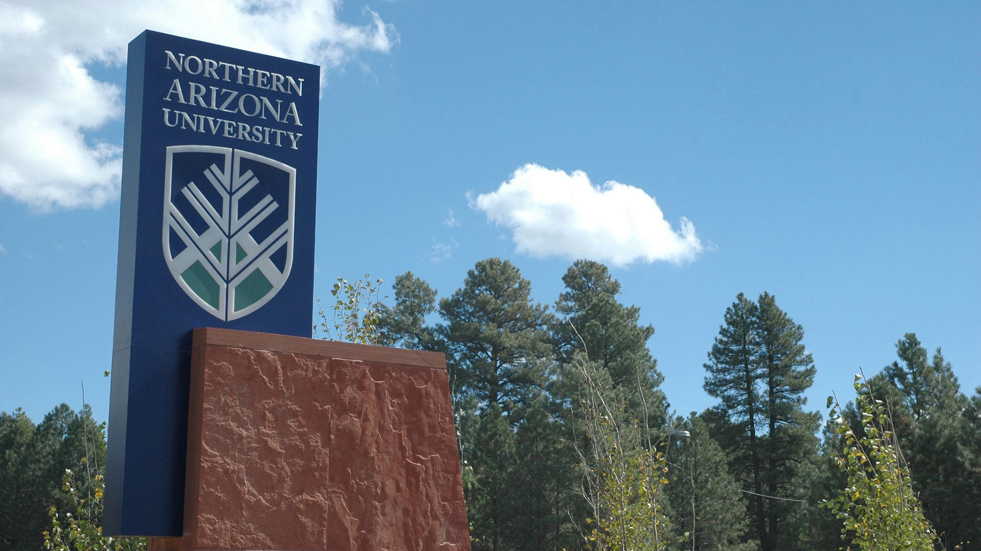 Northern Arizona University NAU sign hero