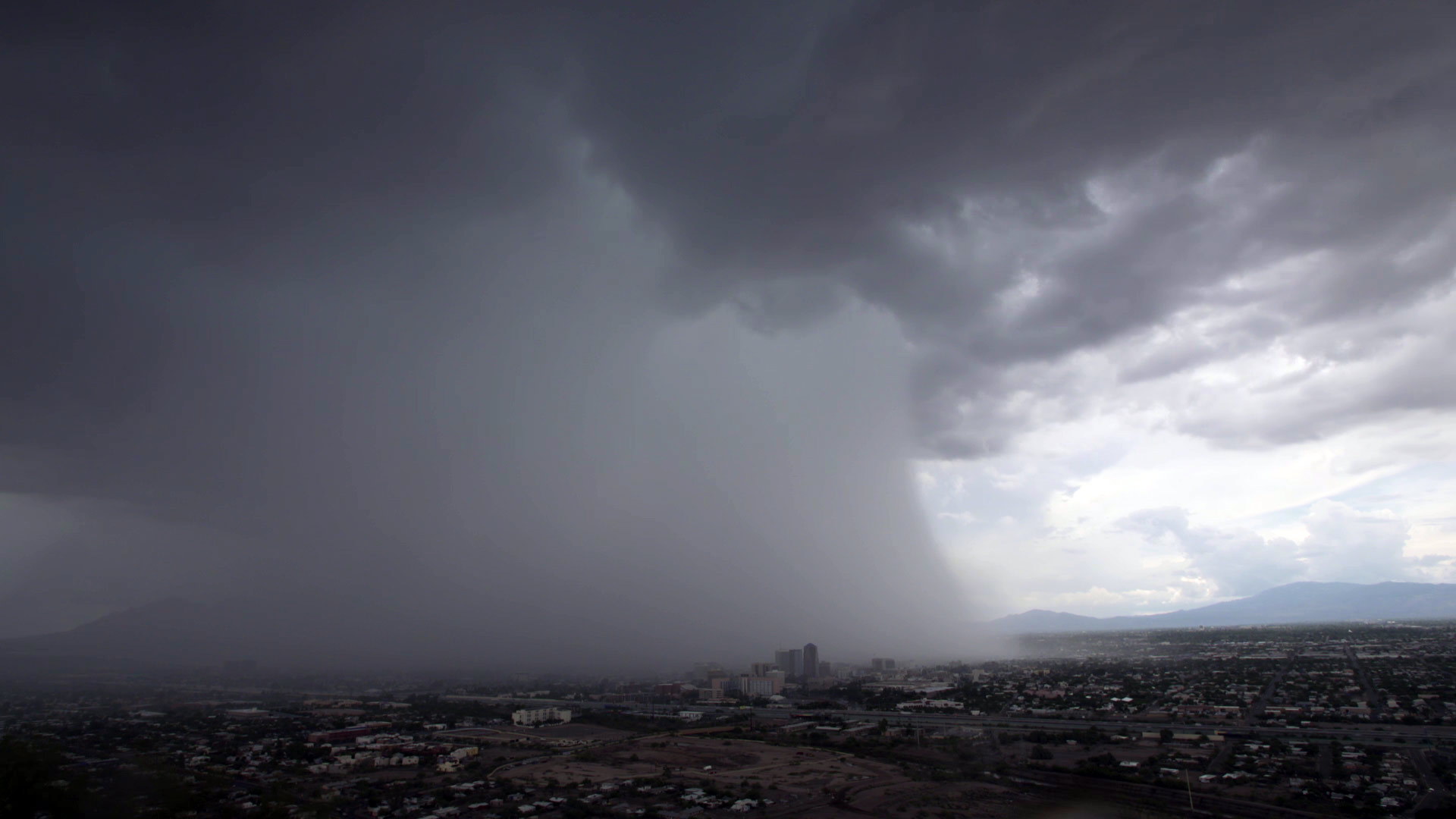 A heavy monsoon storm over the city of Tucson, 2017.