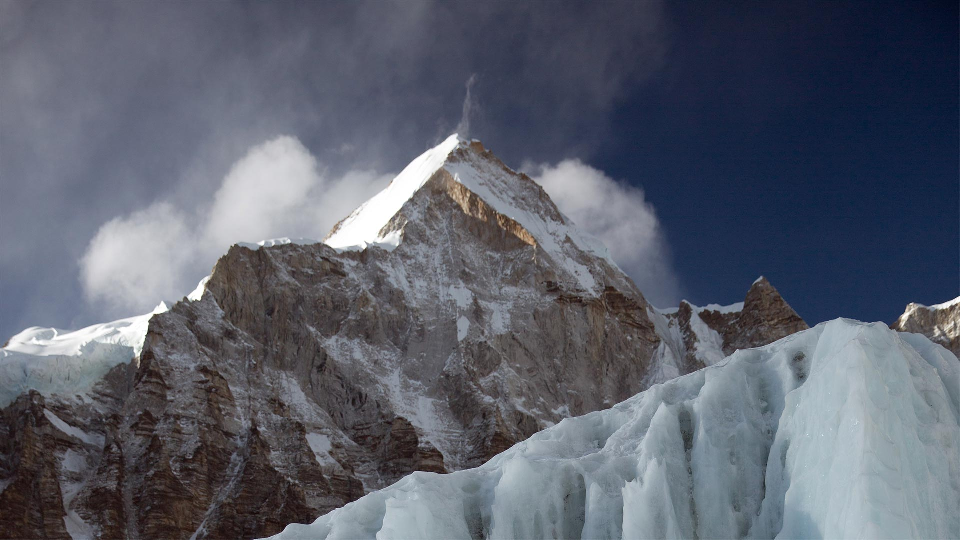 ICE AND MOUNT EVEREST