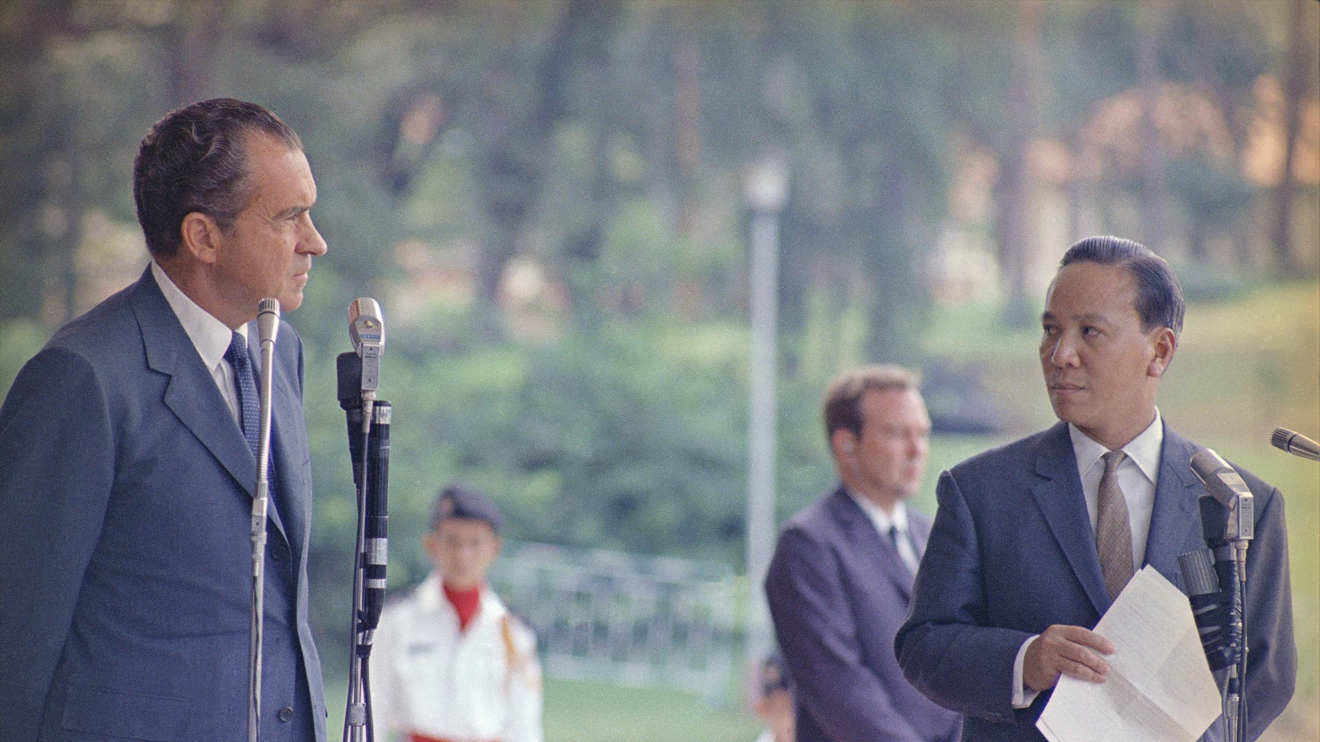 President Richard Nixon and South Vietnamese President Nguyen Van Thieu in Saigon, 1969.