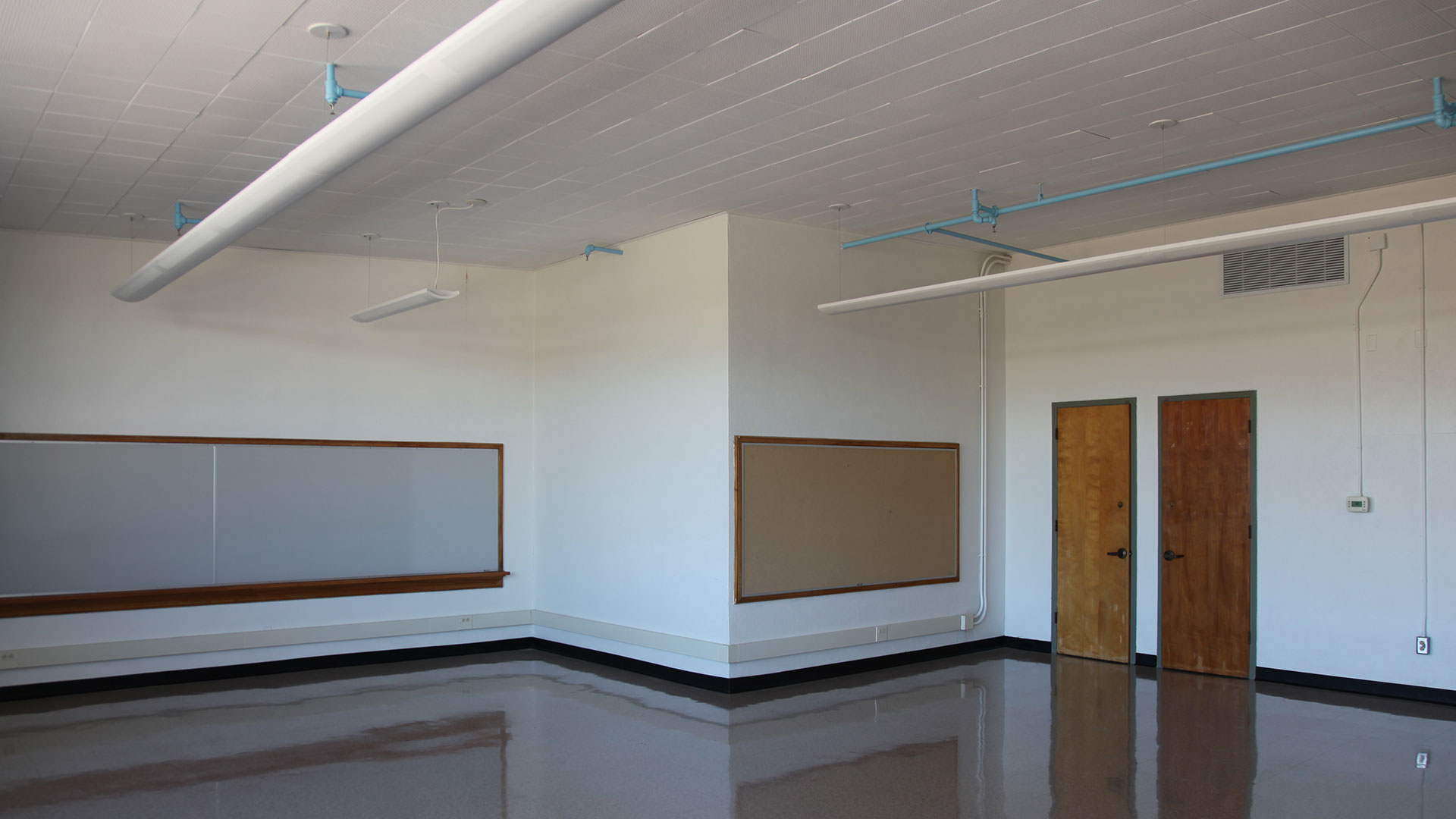 Dunbar Finished Room