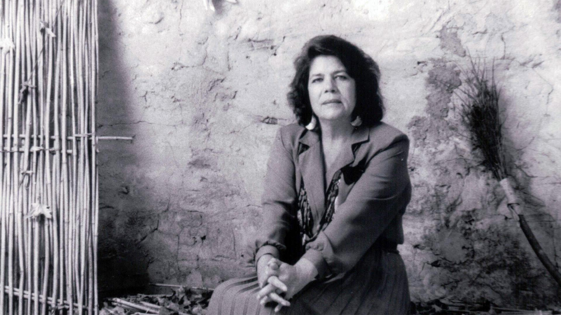 Wilma Mankiller overcame rampant sexism and personal challenges to emerge as the Cherokee Nation's first woman Principal Chief in 1985.