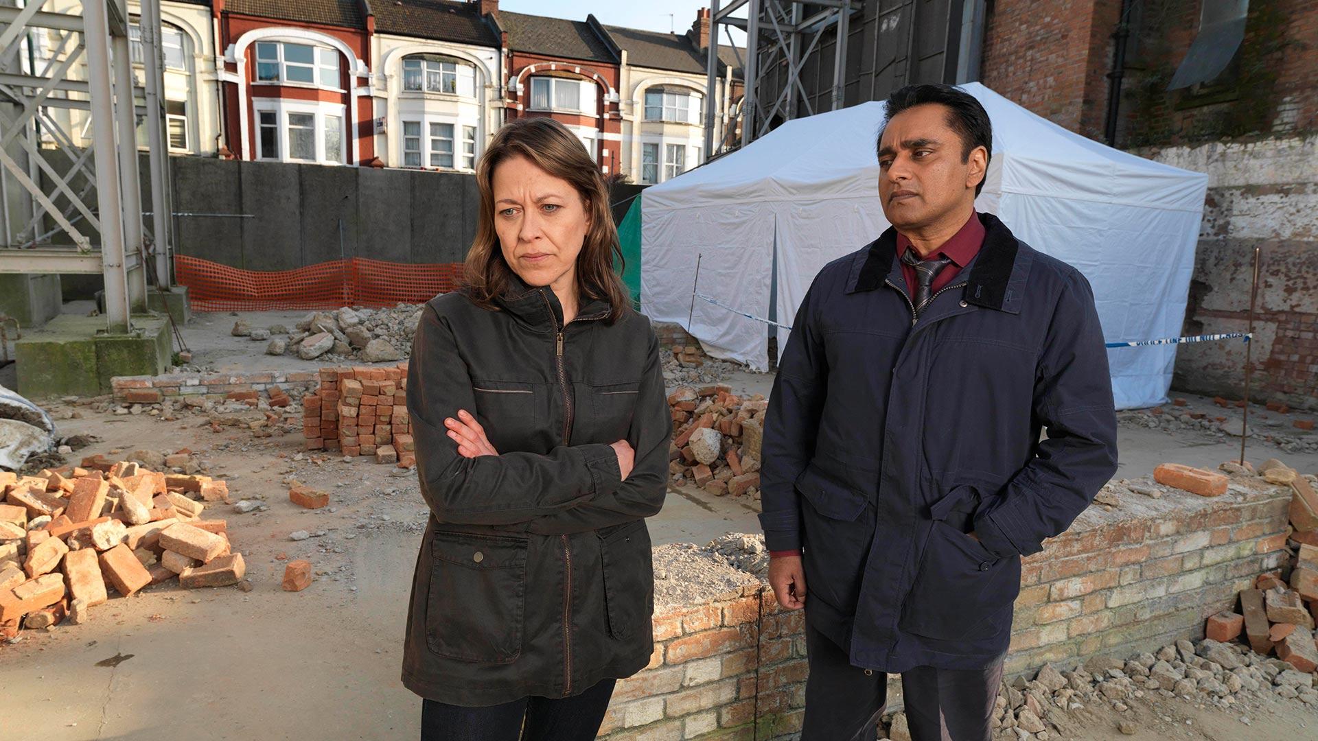 Nicola Walker as DCI Cassie Stuart and Sanjeev Bhaskar as DS Sunny Khan.