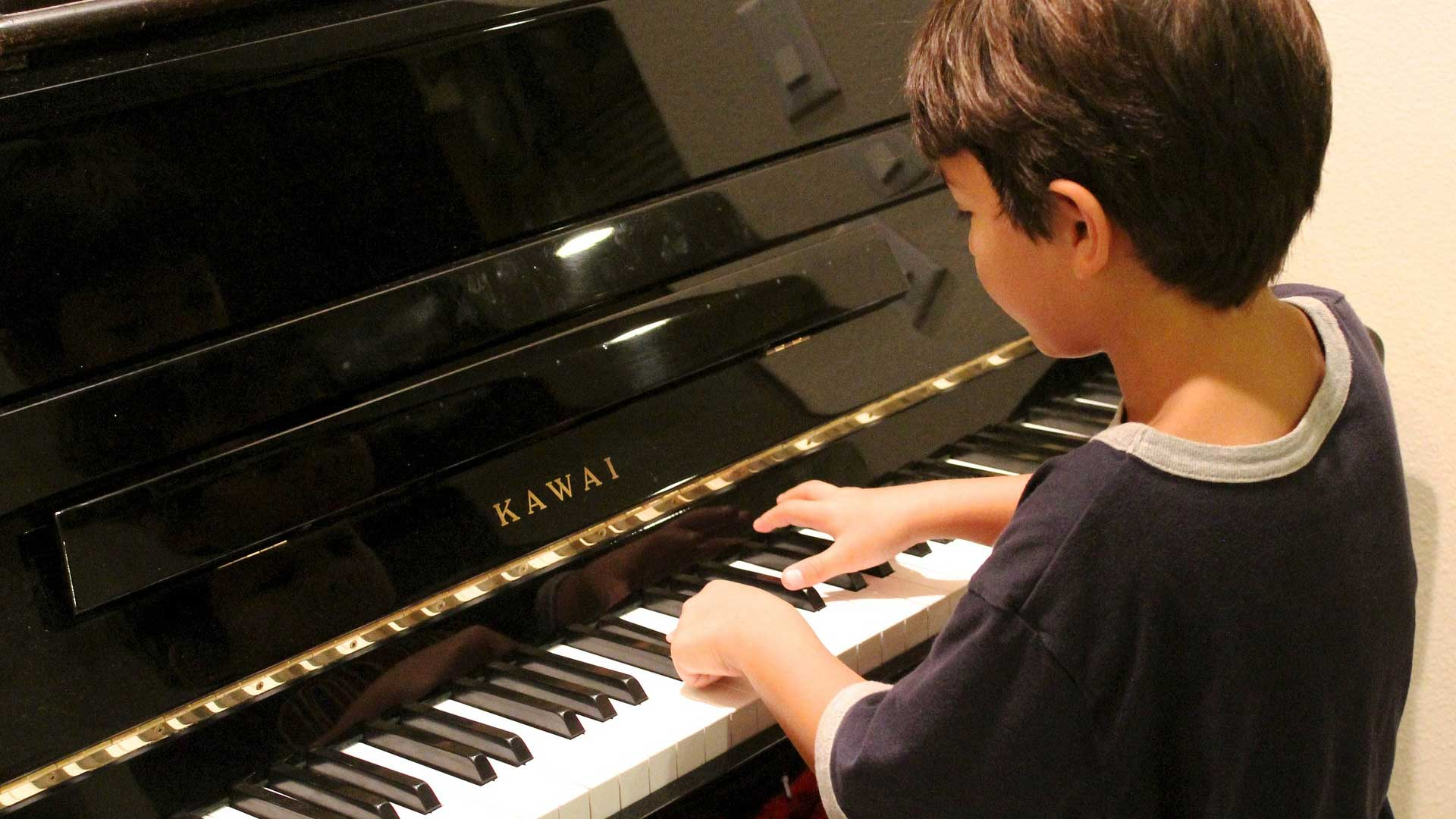 A UA study suggests parents who share musical experiences early get along better with their teenagers later.