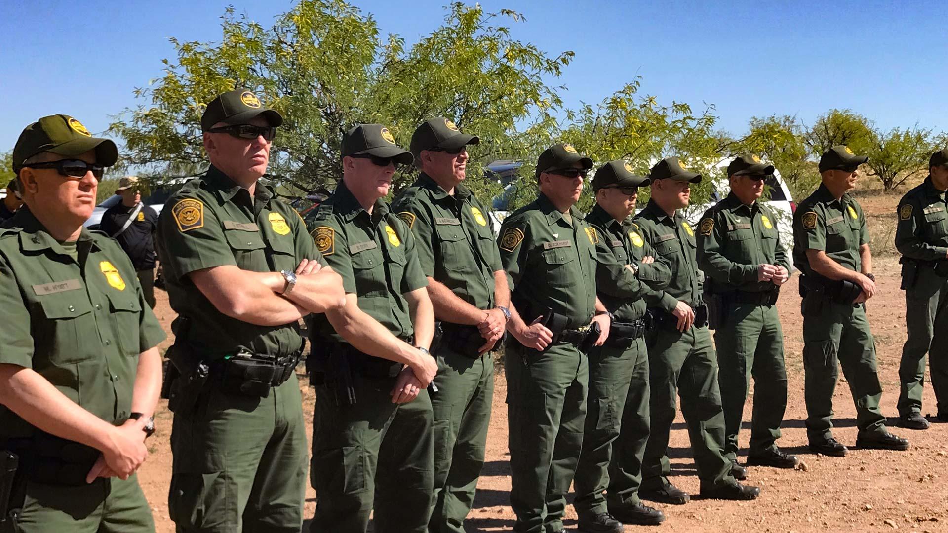 Border patrol line up