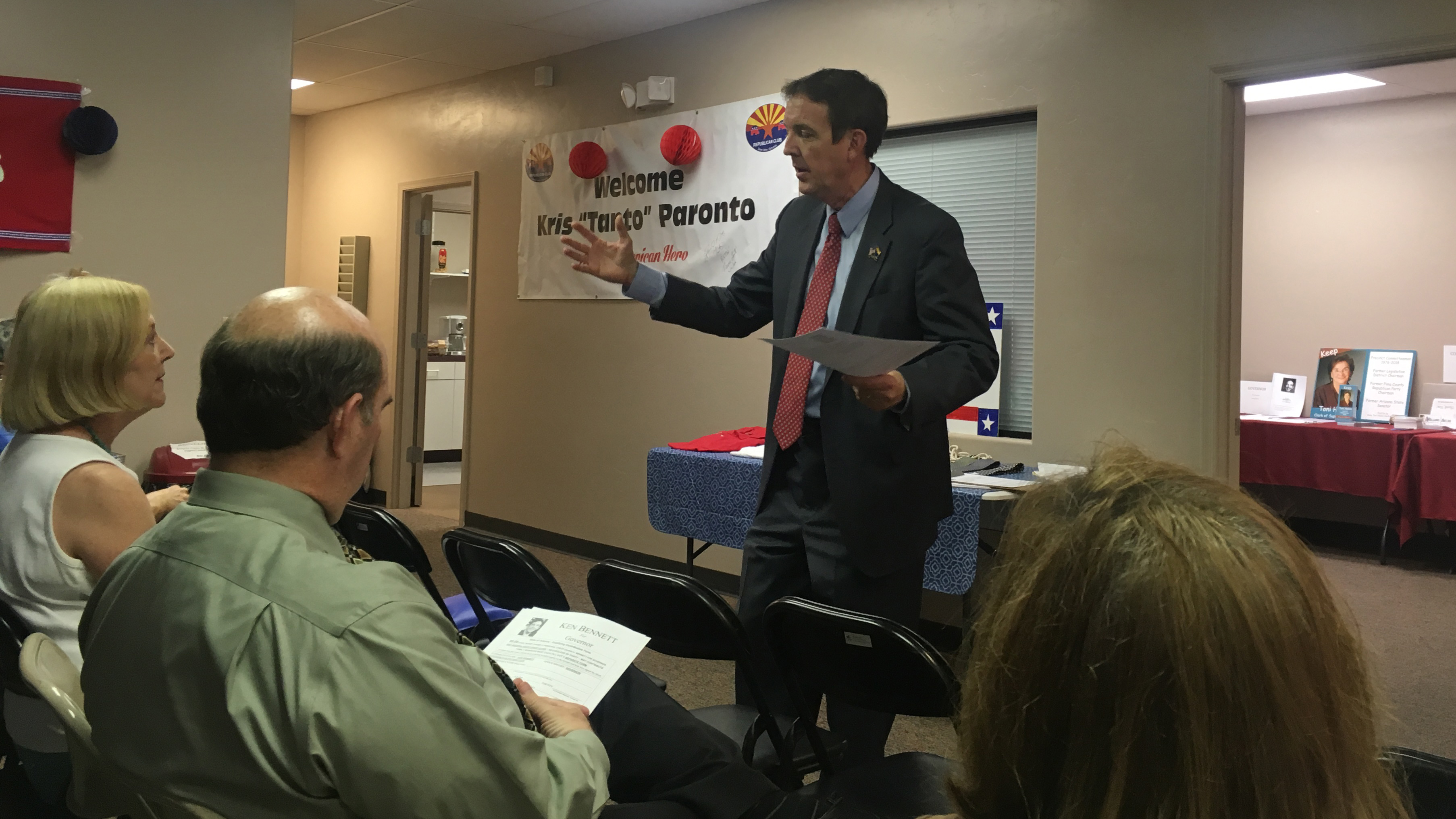 Republican gubernatorial candidate Ken Bennett talks with Republicans at party headquarters in Green Valley, June 18, 2018.