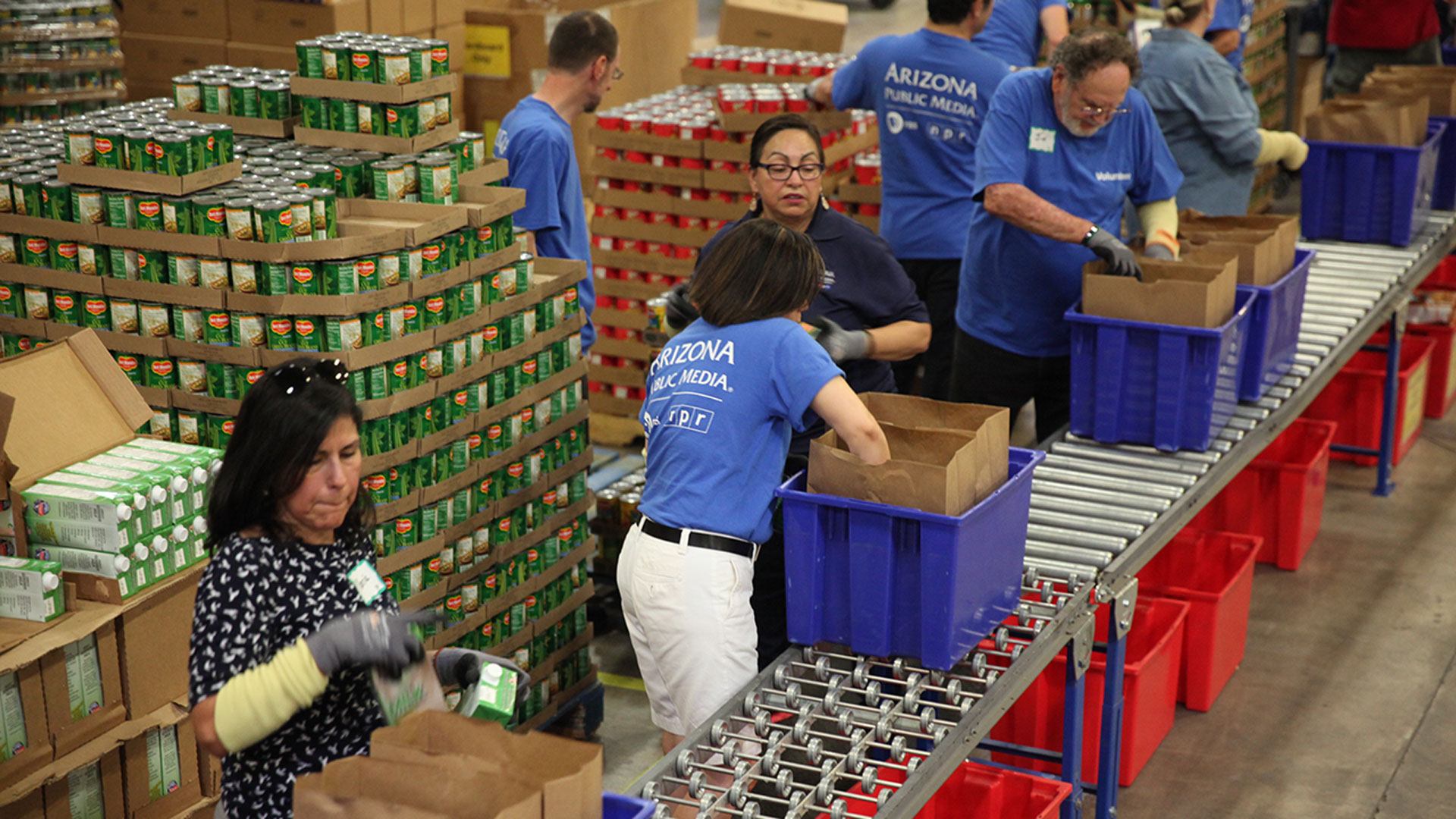 Community Food Bank volunteers