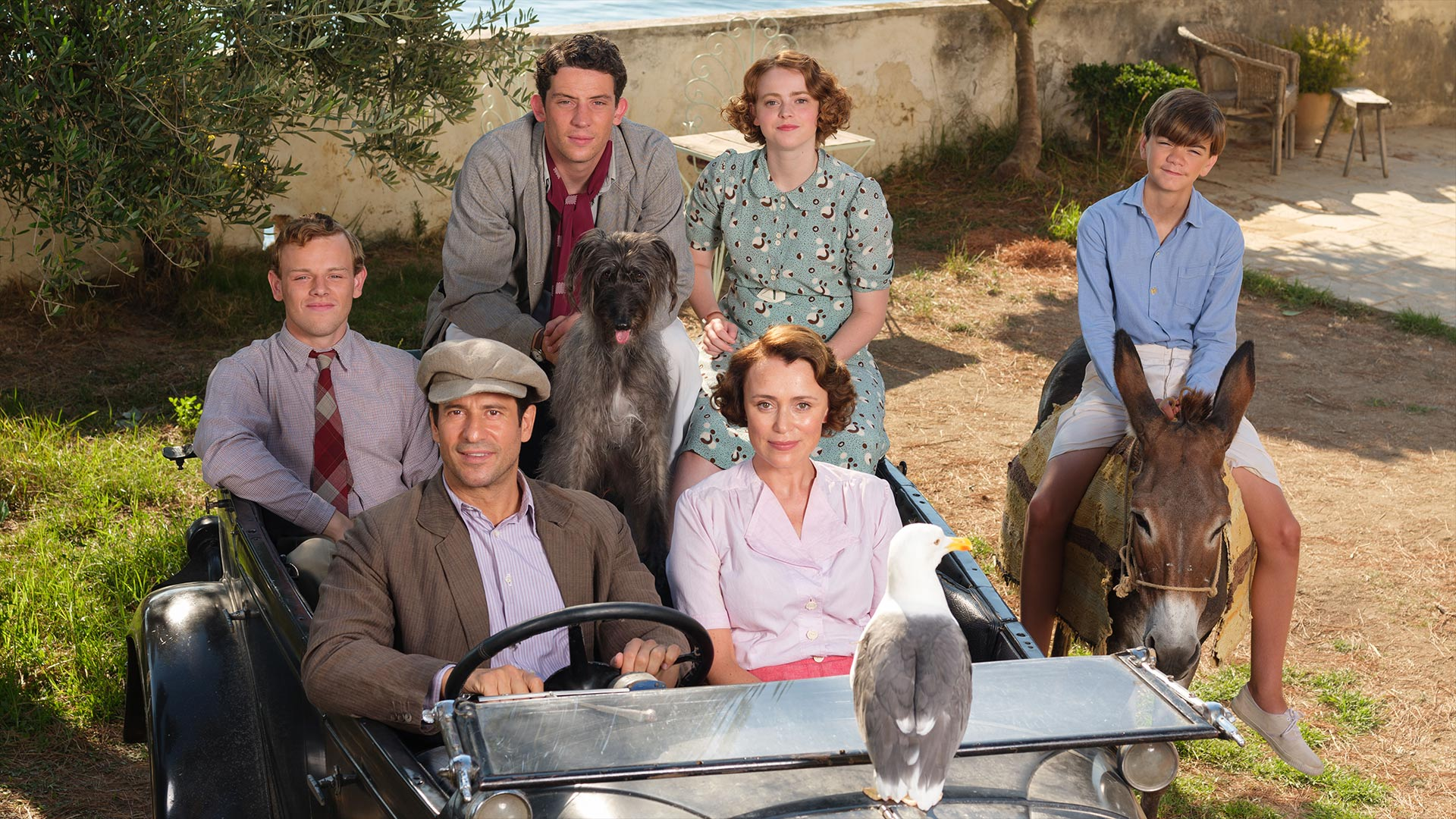 Leslie Durrell (CALLUM WOODHOUSE), Theo Stephanides (YORGOS KARAMIHOS), Lawrence Durrell (JOSH O'CONNOR), Louisa Durrell (KEELEY HAWES), Margo Durrell (DAISY WATERSTONE) & Gerald Durrell (MILO PARKER)