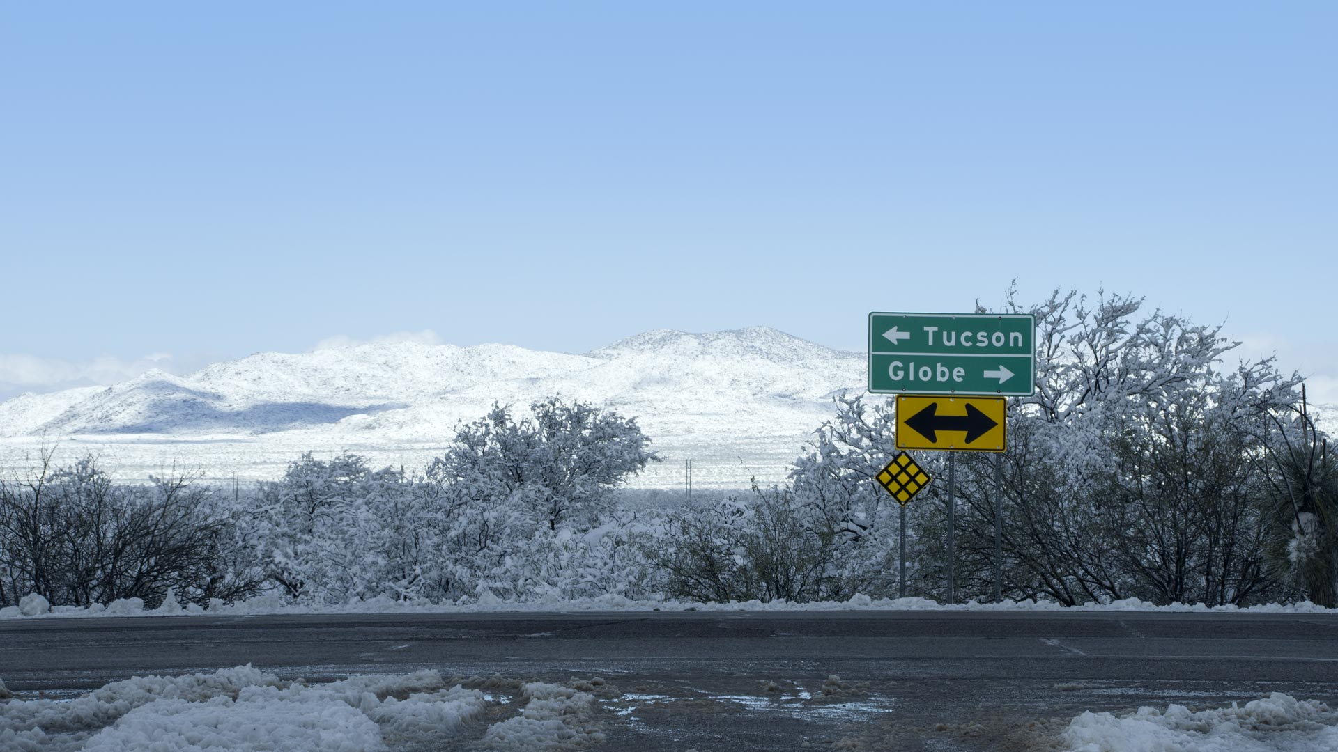 Drivers on Arizona State Route 77 had a view of desert covered in snow, Jan. 1, 2019.