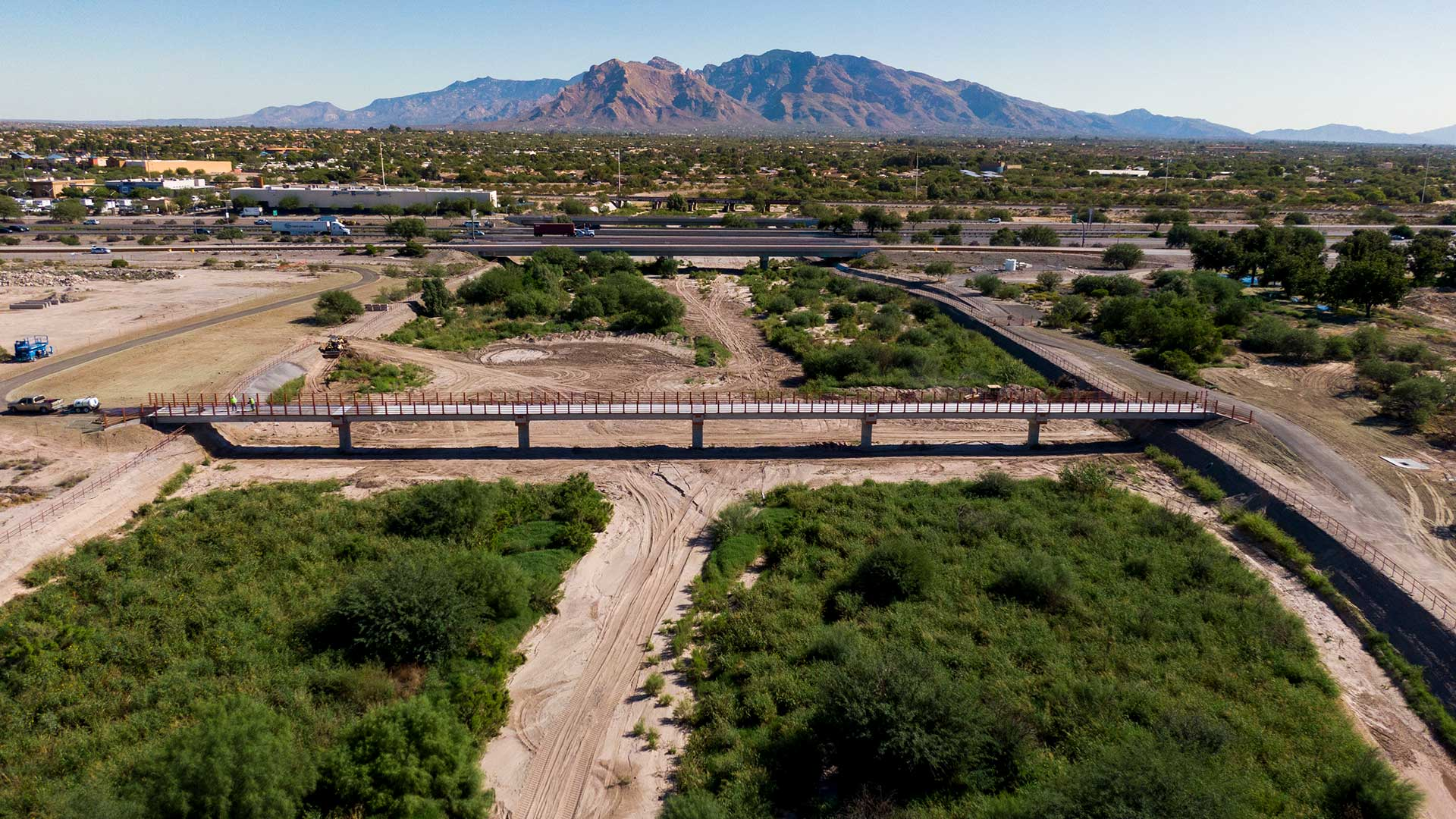 Pima County's El Corazon project links the Santa Cruz and Rillito River parks.
