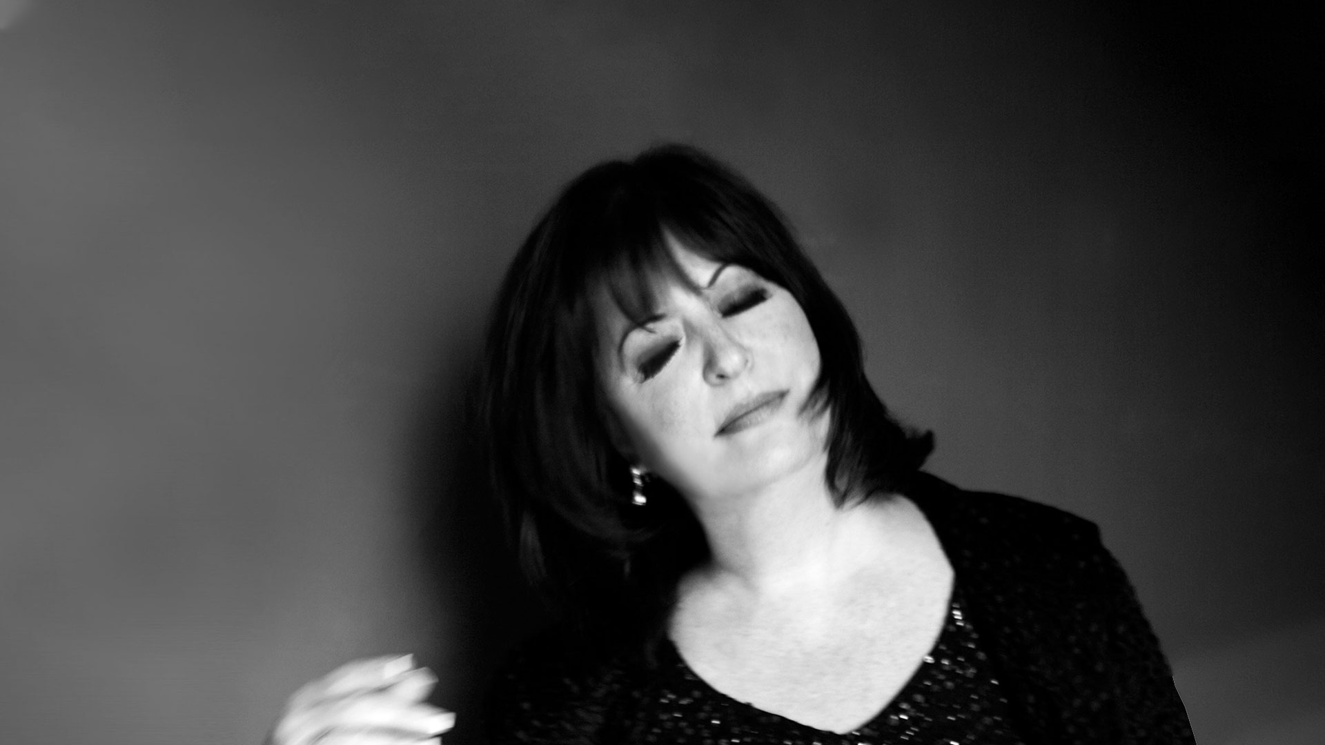 Ann Hampton Callaway in luxurious black & white.