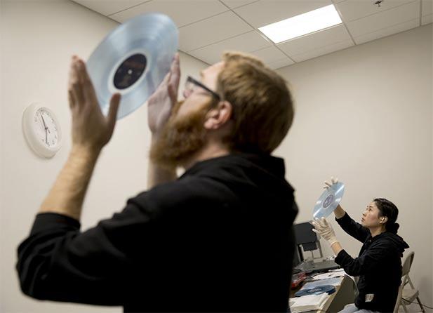 npr_news-vinyl_5